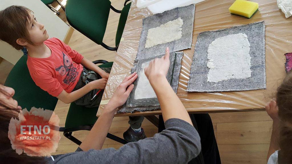 warsztaty-papieru-czerpanego-maciag-etnowarsztaty-08